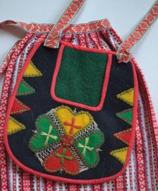 Traditioneel folkloreband.   Prijs per meter