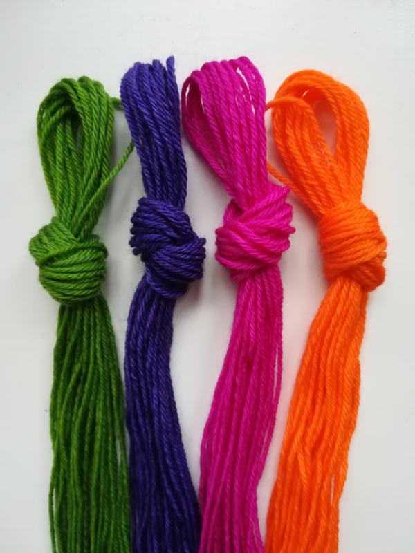 Noorse wol, setje van de 4 nieuwe kleuren