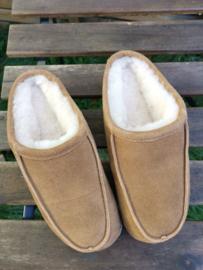 Fellhof - Pantoffels van schapenvacht Tapo, met stevige zool (niet barefoot) - Lichtbruin - maat 36, Laatste paar