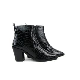 SPM Lock Ankle Boots | Patent Black