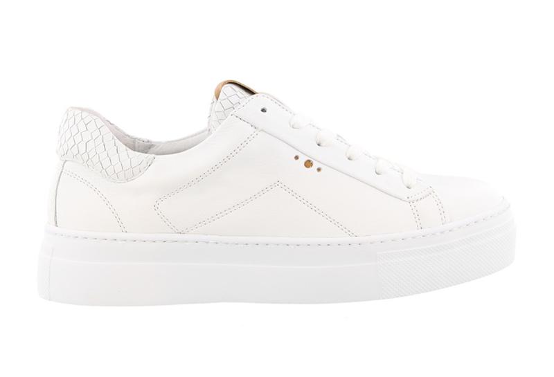 AQA sneakers   Velvet White