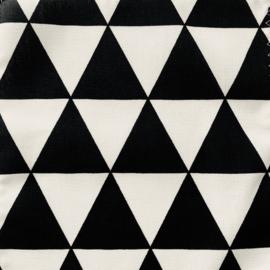 Aankleedkussenhoes driehoekjes zwart/wit
