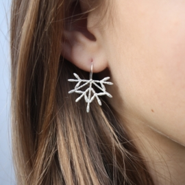 Snowflake-on-a-string Oorbellen