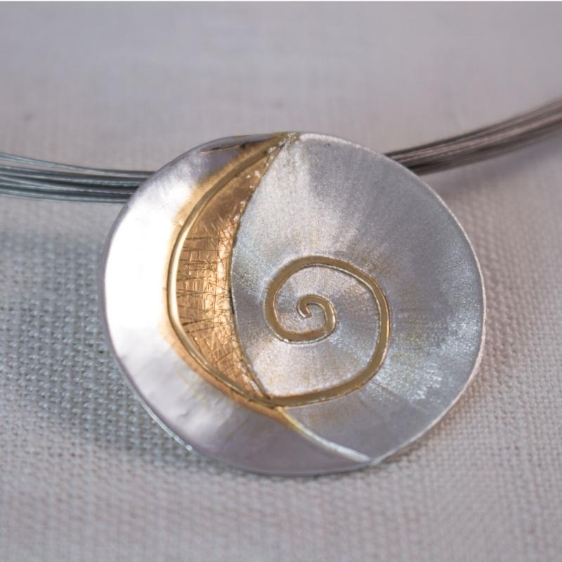 Sun Spiral Collier