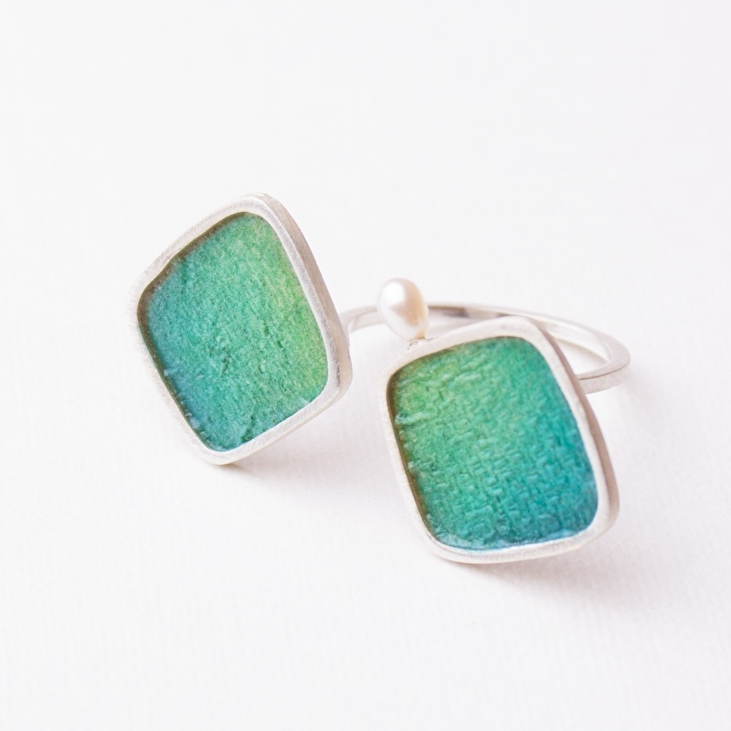 Ennea Ring Emerald