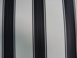streepjes vinyl zwartwit satijn behang 90