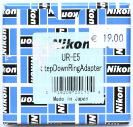 Nikon UR-E5 step Donw Ring adapter