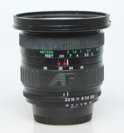 Cosina (Nikon AF-D) f3.5 - 19~35mm