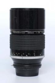 Nikon f2.8 - 180mm ED AIS