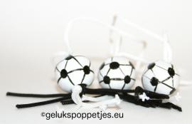 Geluksvoetbal zwart wit