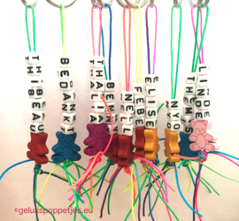 Gelukspoppetje sleutelhangers met naam op maat gemaakt