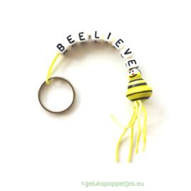 """""""BEE-lieve"""" gelukspoppetjes sleutelhanger"""