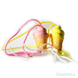 Roze en gele geluksijsjes