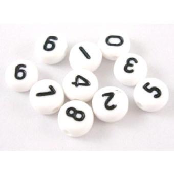 Cijferkralen rond wit met zwarte letters