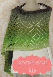 Gehaakte sjaal Grosseto (geometrische motieven)