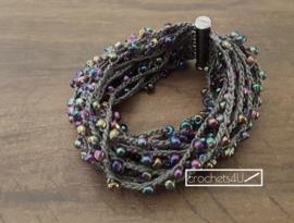 Gratis haakpatroon armband / halsketting met magneetsluiting