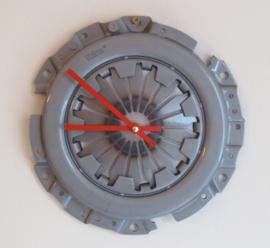 Clutch Uhr, Alfa Romeo Boxermotor