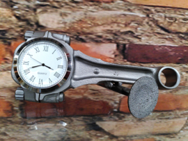 V8 Connecting Rod clock