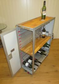 Vliegtuig trolley wijnkast