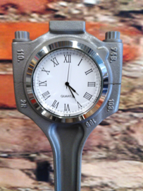 Porsche Cayenne V8 Piston clock