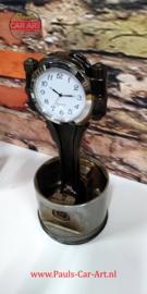 V8 Piston clock