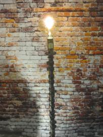 Hoge Nokkenas Lamp
