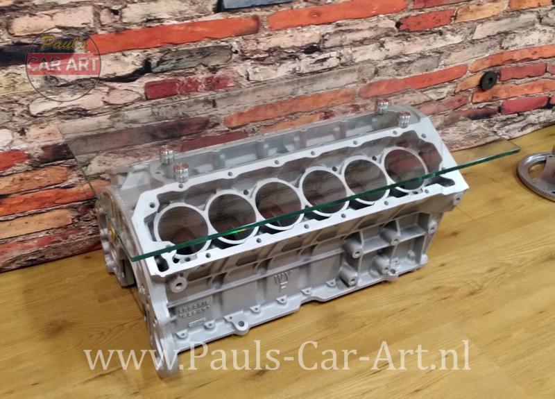 Jaguar V12 couchtisch
