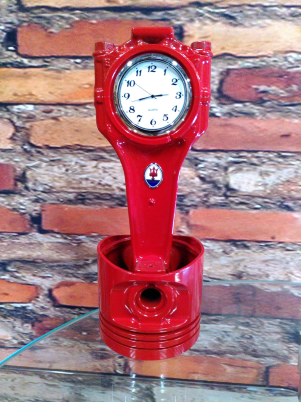 Maserati V6 BiTurbo Piston clock