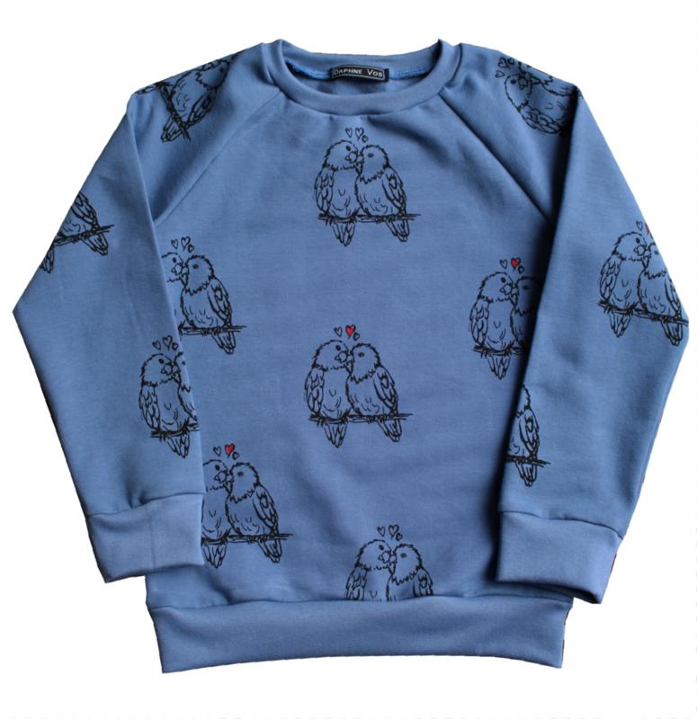 Daphne Vos - Sweater Lovebirds
