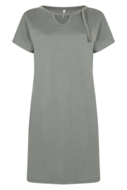 Zoso 202 Cecilia dress with neck detail cupro look