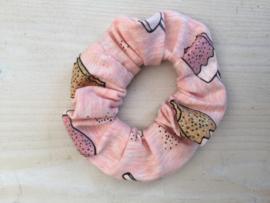 scrunchie, haarelastiek, haarwokkel roze ijs