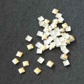 Studs vierkant goud 3 mm