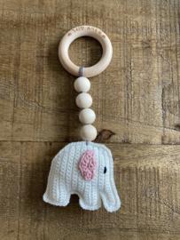 Bijtring olifant met pieper
