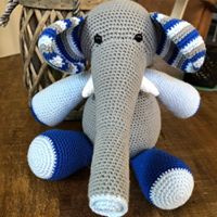 Vrolijk gekleurde olifant knuffel