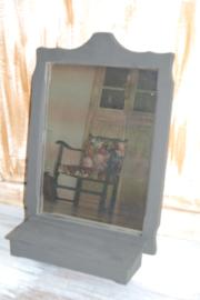 spiegel met klepbakje