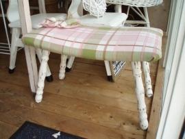 Footstool roze ruit