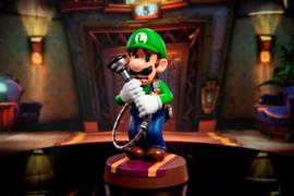 Luigi's Mansion 3: Luigi 9 inch PVC Statue Standard Edition (New)