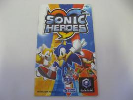 Sonic Heroes *Manual* (UKV)