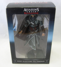 Assassin's Creed Revelations - Ezio Auditore da Firenze PVC Statue