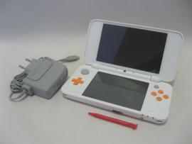 New Nintendo 2DS XL 'White + Orange' (New)
