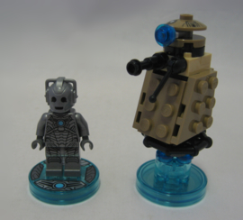 Lego Dimensions - Fun Pack - Dr. Who - Cyberman w/ Base