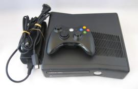 XBOX 360 S 250GB Console Set