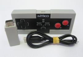 Nintendo Classic Mini: Nyko Wireless Miniboss Controller