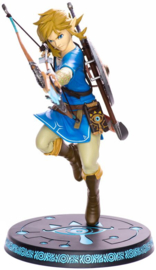 Legend of Zelda: Breath of the Wild - Link 10'' Painted PVC Statue (New)