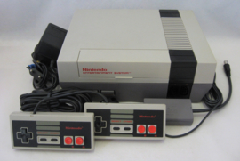 NES Console Set (2 Controllers)