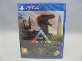 ARK: Survival Evolved (PS4, Sealed)