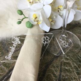 6 servetringen en glaslabels met symbool in geschenkverpakking