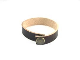 Armband met kleine letters, kleur chocolade