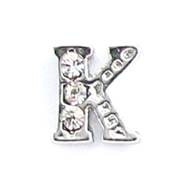 letter K, charm voor in het medaillon