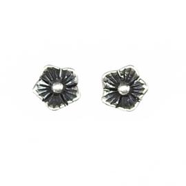 zilveren Mini Bloem oorbellen